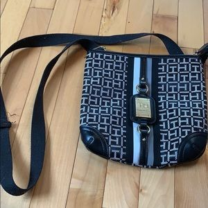 (50% OFF) TH Crossbody Bag
